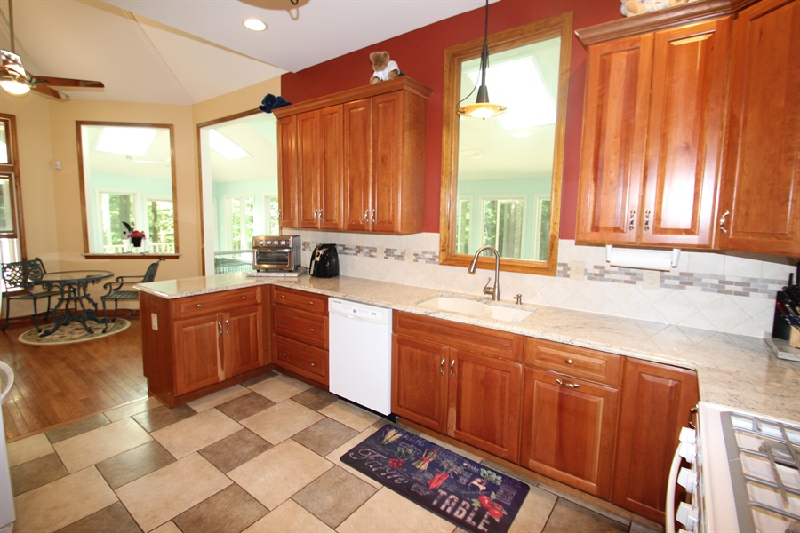 Real Estate Photography - 94 Hunt Valley Loop, Elkton, MD, 21921 - Kitchen