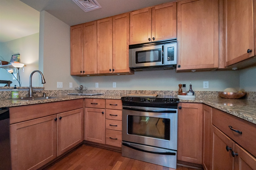 Real Estate Photography - 105 Christina Landing Drive #1308, #1308, Wilmington, DE, 19801 - Granite Counters