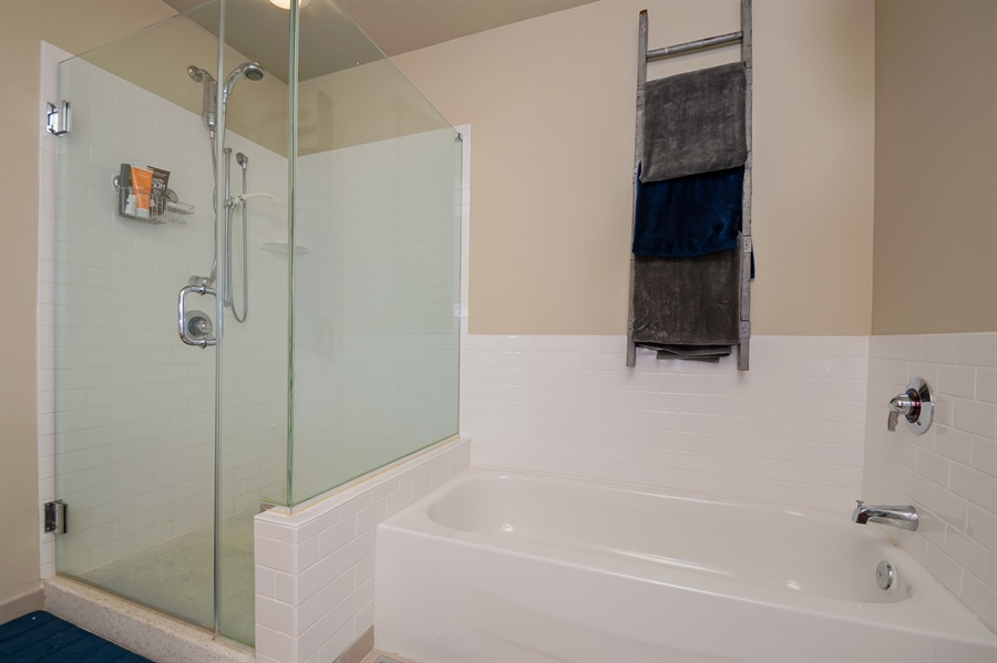 Real Estate Photography - 105 Christina Landing Drive #1308, #1308, Wilmington, DE, 19801 - BR #2 also has soaking tub & standing shower