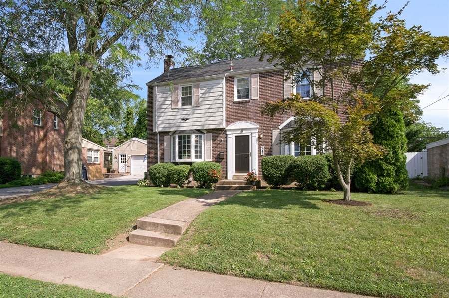 Real Estate Photography - 243 Pinehurst Rd, Wilmington, DE, 19803 - Location 1