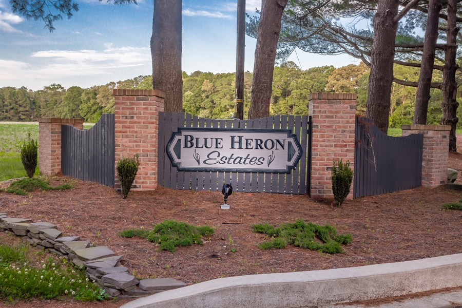 Real Estate Photography - 2 Blue Heron Dr, Georgetown, DE, 19947 - Location 4