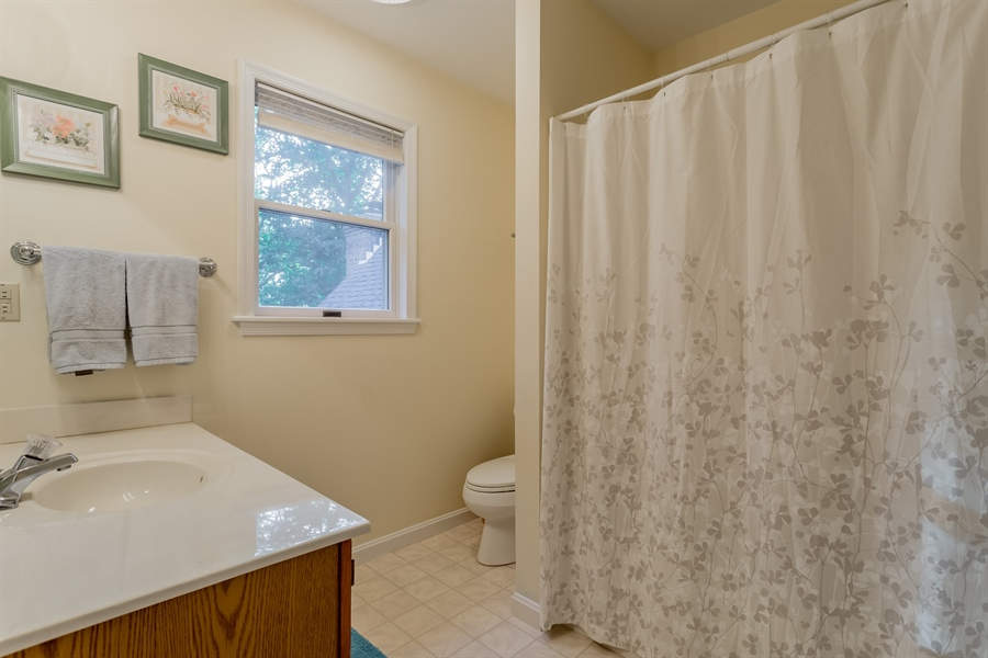 Real Estate Photography - 2 Blue Heron Dr, Georgetown, DE, 19947 - upstairs master bath