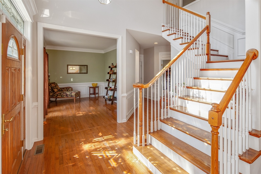 Real Estate Photography - 121 Borden Way, Lincoln University, PA, 19352 - 2 story foyer with turned staircase