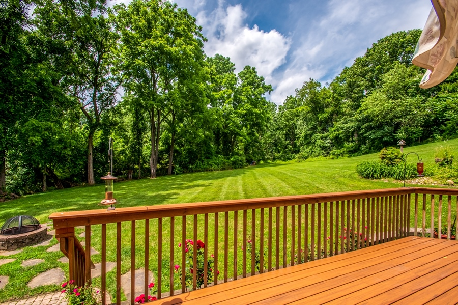Real Estate Photography - 121 Borden Way, Lincoln University, PA, 19352 - Enjoy the peace & serenity of this private lot!