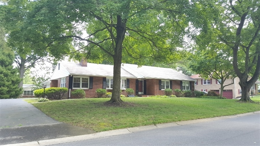 Real Estate Photography - 1211 Bruce Rd, Wilmington, DE, 19803 - Location 2