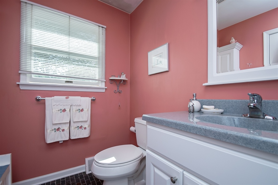 Real Estate Photography - 318 Mitchell Dr, Wilmington, DE, 19808 - Updated Master Bath