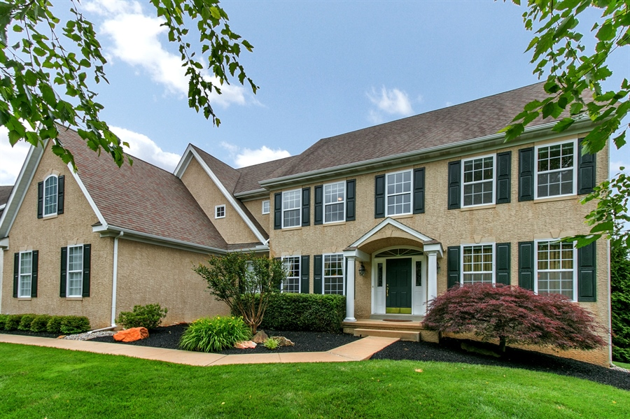 Real Estate Photography - 102 Woodview Dr, Kennett Square, PA, 19348 - Location 1