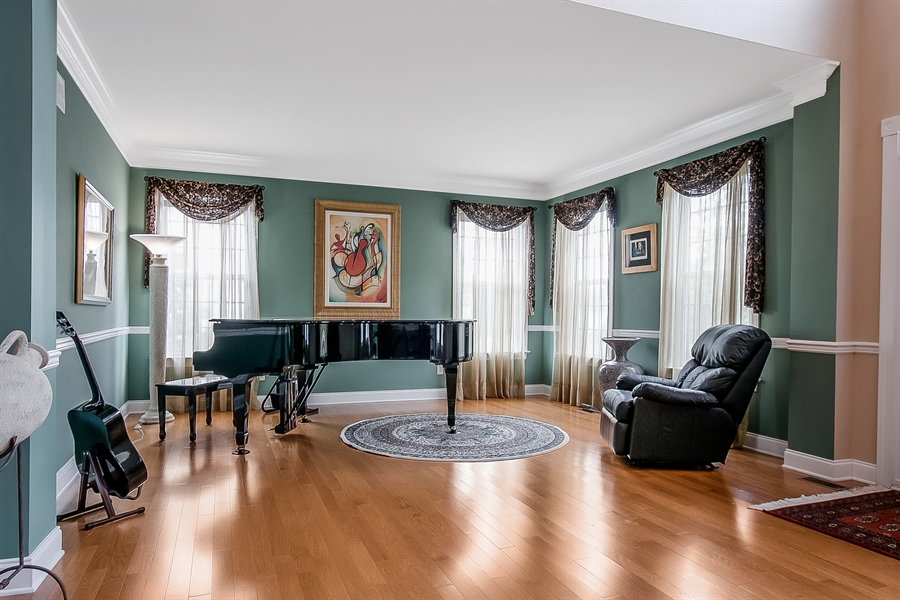 Real Estate Photography - 102 Woodview Dr, Kennett Square, PA, 19348 - Location 3