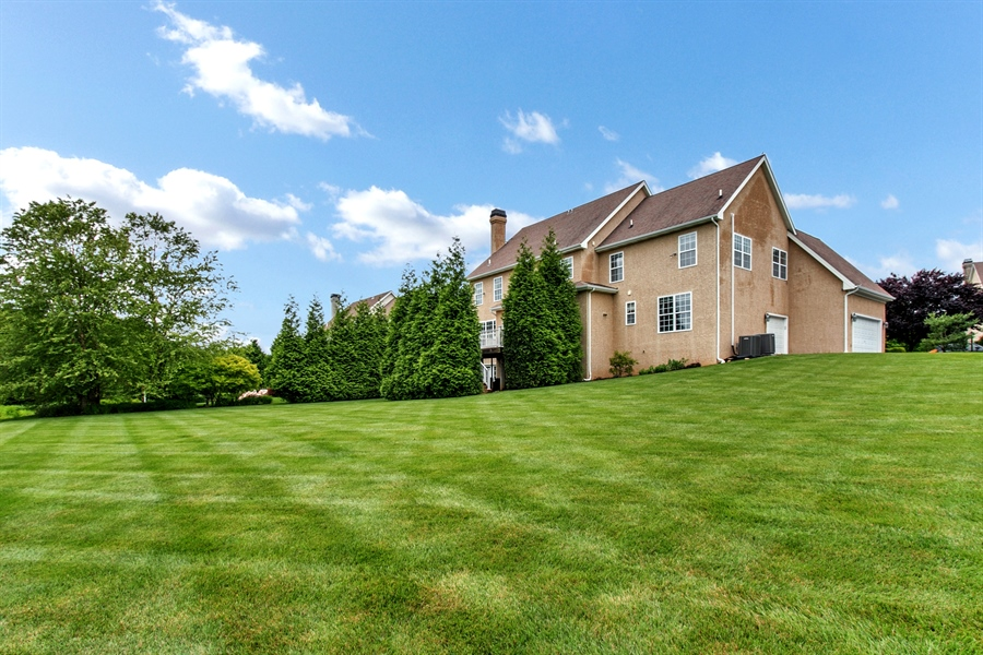 Real Estate Photography - 102 Woodview Dr, Kennett Square, PA, 19348 - Location 14