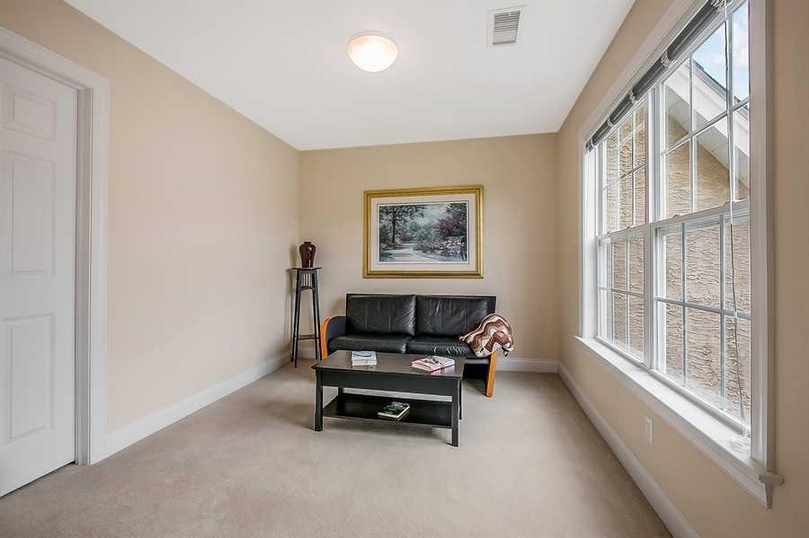 Real Estate Photography - 102 Woodview Dr, Kennett Square, PA, 19348 - Location 17