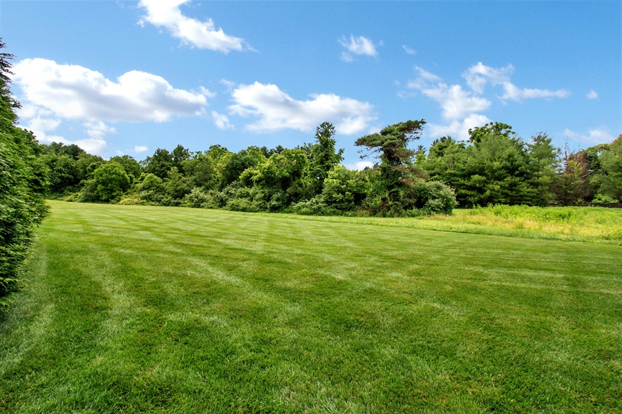 Real Estate Photography - 102 Woodview Dr, Kennett Square, PA, 19348 - Location 23