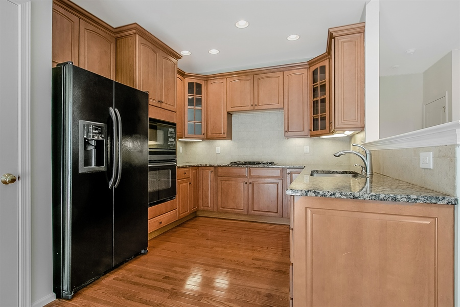 Real Estate Photography - 140 Farm Meadows Ln, Hockessin, DE, 19707 - Kitchen with Granite Counters