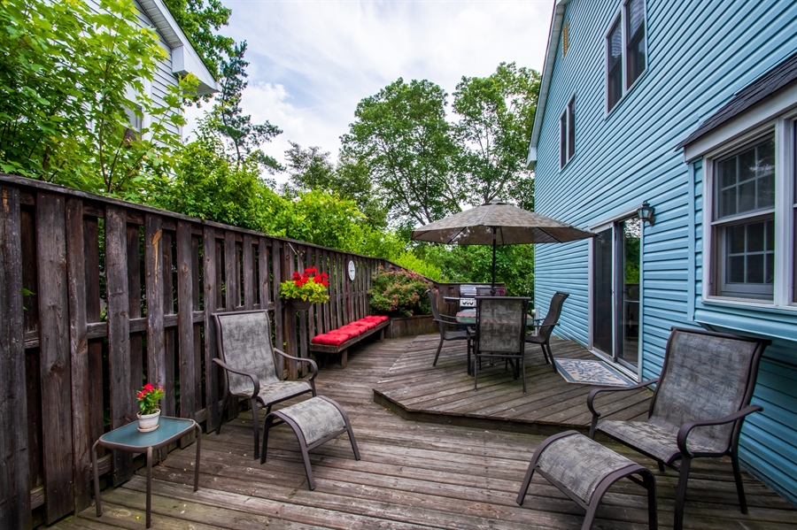 Real Estate Photography - 830 Bess Ln, Wilmington, DE, 19803 - Private Wood Deck