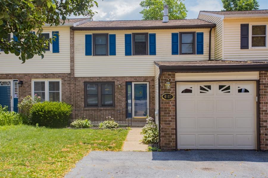 Real Estate Photography - 4813 Plum Run Ct, Wilmington, DE, 19808 - Location 2