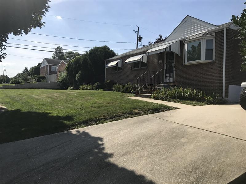 Real Estate Photography - 203 Valley Rd, Wilmington, DE, 19804 - Location 2