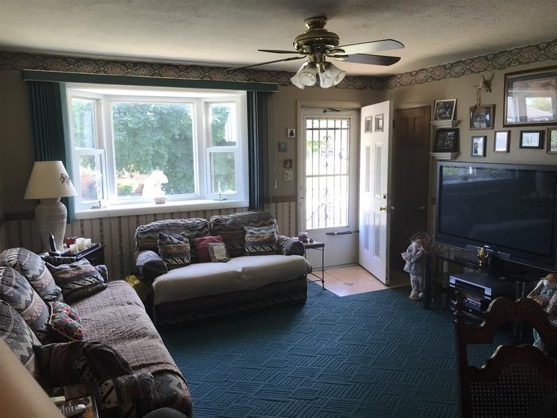 Real Estate Photography - 203 Valley Rd, Wilmington, DE, 19804 - Location 11