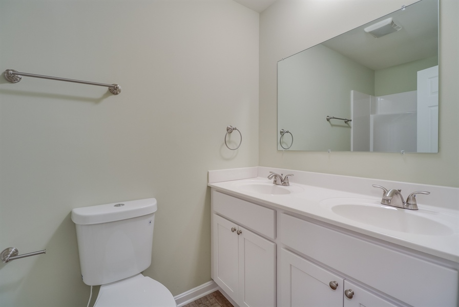 Real Estate Photography - 25 Freedom Dr, Dover, DE, 19904 - Full Bathroom Upstairs
