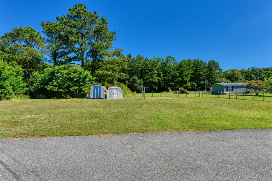Real Estate Photography - 20543 Wilson Rd, Georgetown, DE, 19947 -