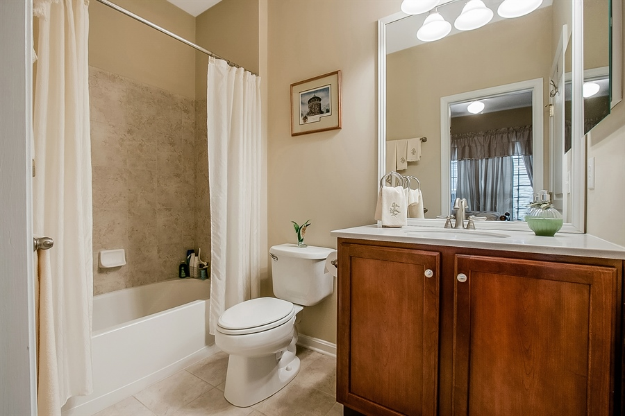 Real Estate Photography - 14 Compass Rose Way, Newark, DE, 19702 - Second Full Bathroom