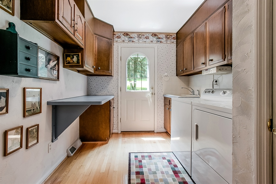 Real Estate Photography - 109 Bridleshire Ct, Newark, DE, 19711 - Laundry Room