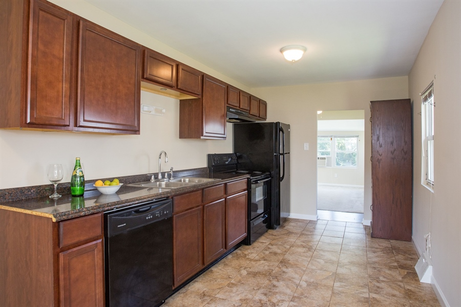 Real Estate Photography - 1806 School Ln, Wilmington, DE, 19808 - Updated Kitchen