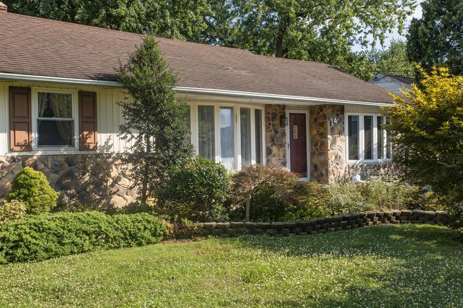 Real Estate Photography - 14 E Clairmont Dr, Newark, DE, 19702 - Welcome home!