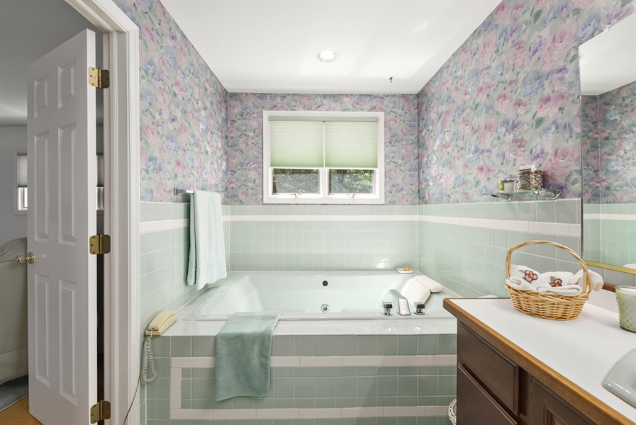 Real Estate Photography - 43 Charles St, Elkton, MD, 21921 - Location 26