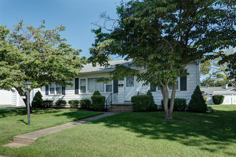 Real Estate Photography - 203 Friendship Rd, Elkton, MD, 21921 - GREAT CURB APPEAL