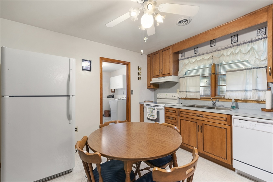 Real Estate Photography - 203 Friendship Rd, Elkton, MD, 21921 - KITCHEN TO LAUNDRY/UTILITY RM