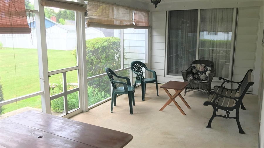 Real Estate Photography - 203 Friendship Rd, Elkton, MD, 21921 - SCREENED PORCH