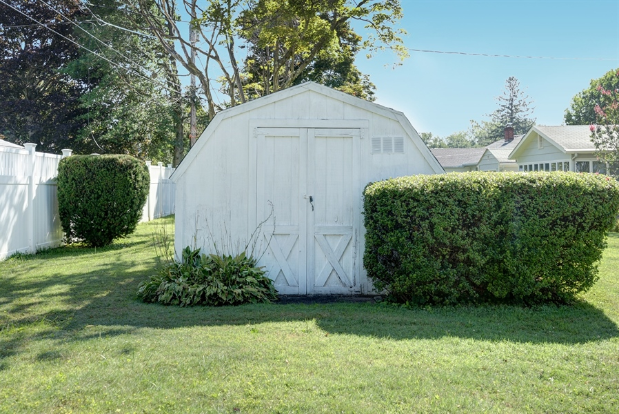 Real Estate Photography - 203 Friendship Rd, Elkton, MD, 21921 - SHED