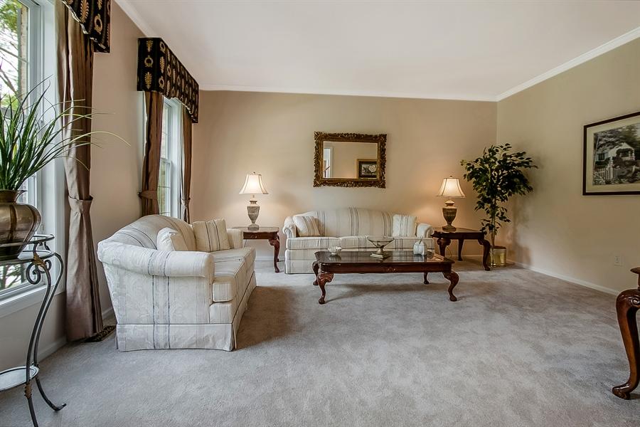 Real Estate Photography - 512 Thorndale Dr, Hockessin, DE, 19707 - Lovely Formal Living Room