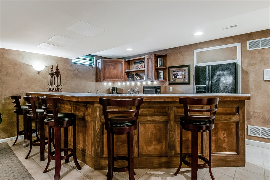Real Estate Photography - 512 Thorndale Dr, Hockessin, DE, 19707 - Gather 'Round The Large Bar!