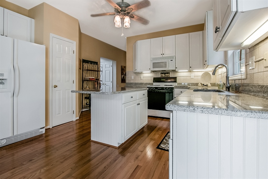 Real Estate Photography - 512 Thorndale Dr, Hockessin, DE, 19707 - Another Kitchen View