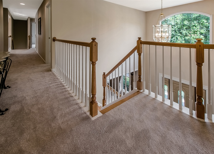 Real Estate Photography - 512 Thorndale Dr, Hockessin, DE, 19707 - Upstairs Hall Area
