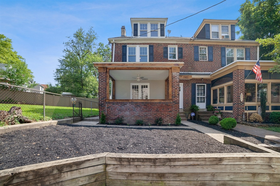 Real Estate Photography - 803 W 27th St, Wilmington, DE, 19802 - Location 2