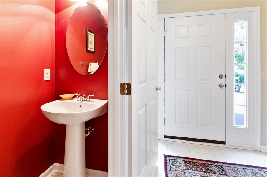 Real Estate Photography - 253 Sloan Ct, Wilmington, DE, 19808 - Powder room off foyer