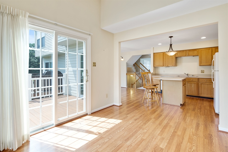Real Estate Photography - 253 Sloan Ct, Wilmington, DE, 19808 - Sunroom 11'x11' off kitchen