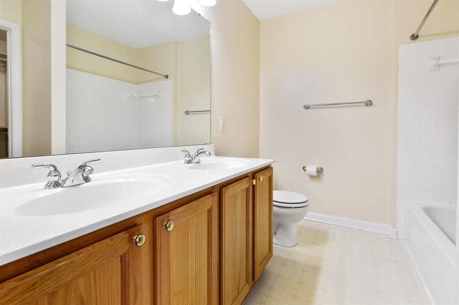 Real Estate Photography - 253 Sloan Ct, Wilmington, DE, 19808 - Master bathroom dual vanity