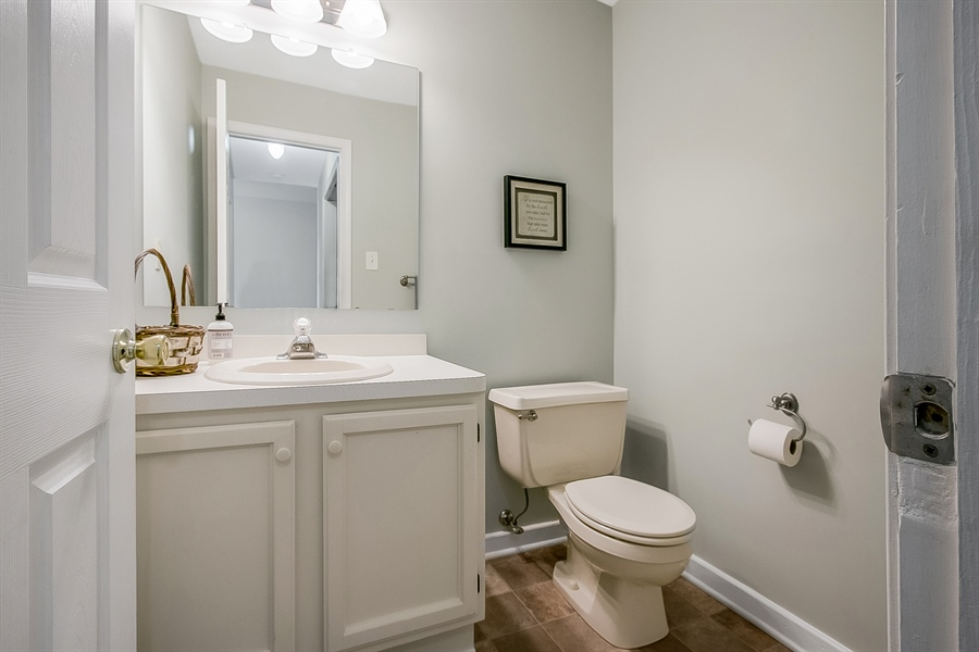 Real Estate Photography - 12 Green Meadow Ct, Newark, DE, 19711 - 1st Floor Powder Room