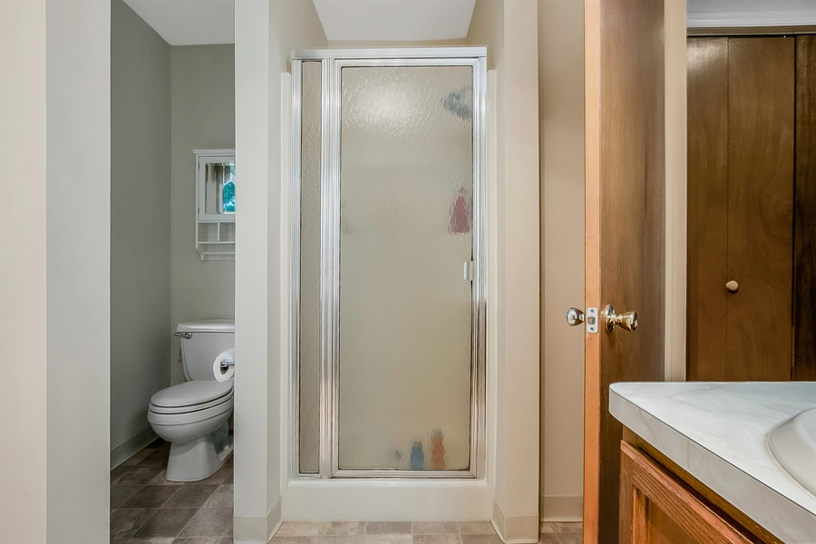 Real Estate Photography - 12 Green Meadow Ct, Newark, DE, 19711 - Master Bath with Separate Shower