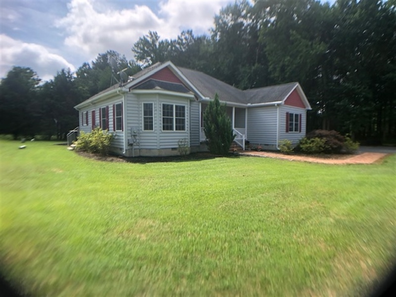 Real Estate Photography - 13566 Gravelly Branch Rd, Georgetown, DE, 19947 - Location 2