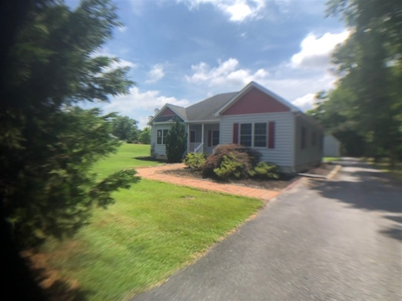 Real Estate Photography - 13566 Gravelly Branch Rd, Georgetown, DE, 19947 - Location 4