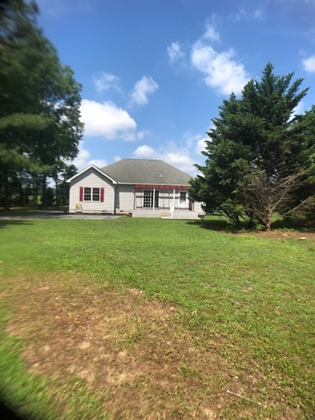 Real Estate Photography - 13566 Gravelly Branch Rd, Georgetown, DE, 19947 -