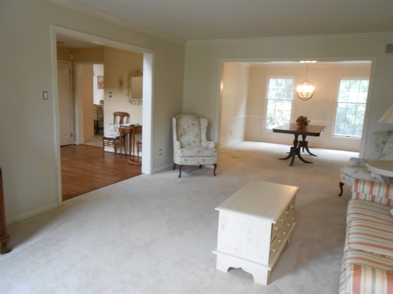 Real Estate Photography - 3 Homestead Ln, Hockessin, DE, 19707 - Freshly Painted Living Room