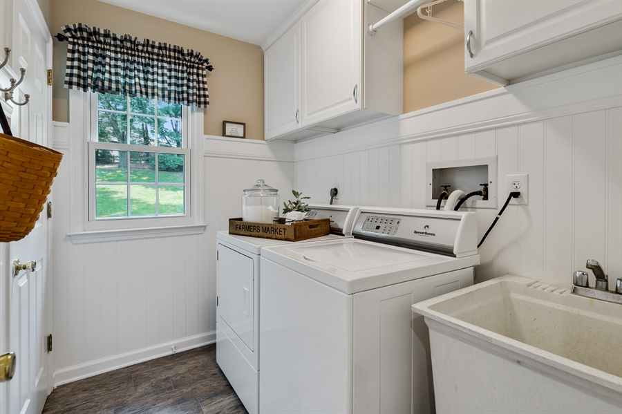 Real Estate Photography - 231 Charleston Dr, Wilmington, DE, 19808 - 1St Floor Laundry