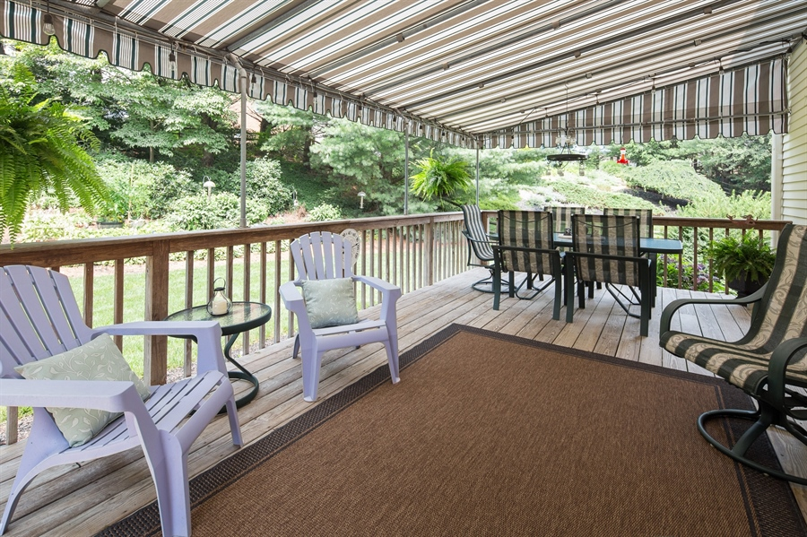 Real Estate Photography - 231 Charleston Dr, Wilmington, DE, 19808 - Deck