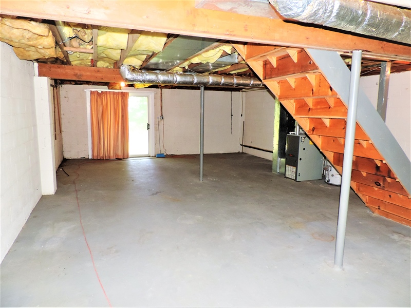 Real Estate Photography - 310 2nd St, Newark, DE, 19711 - Unfinished Basement! Perfect for storage!!