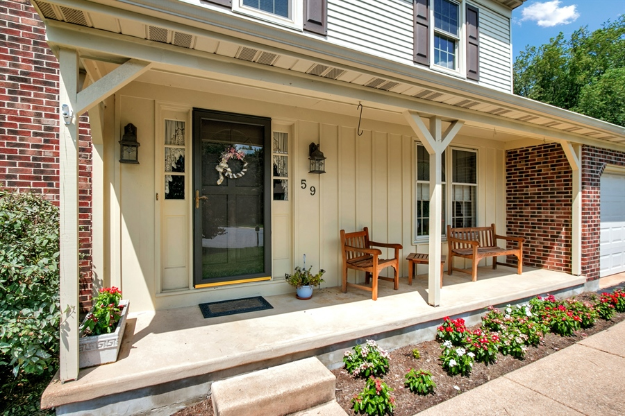 Real Estate Photography - 59 Forest Creek Dr, Hockessin, DE, 19707 - Lovely Front Porch