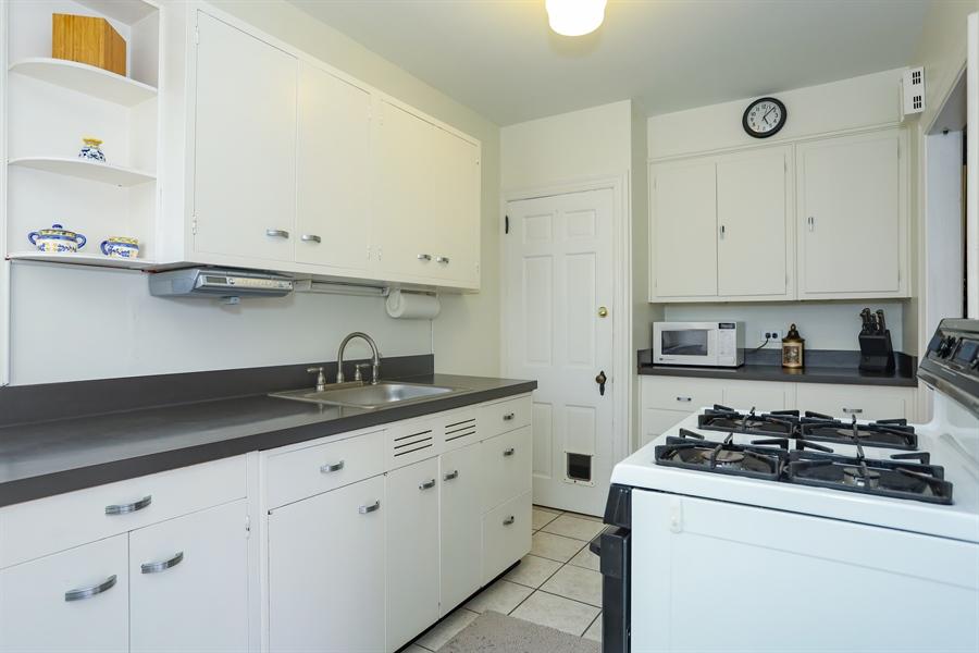 Real Estate Photography - 2407 N Broom St, Wilmington, DE, 19802 - Kitchen